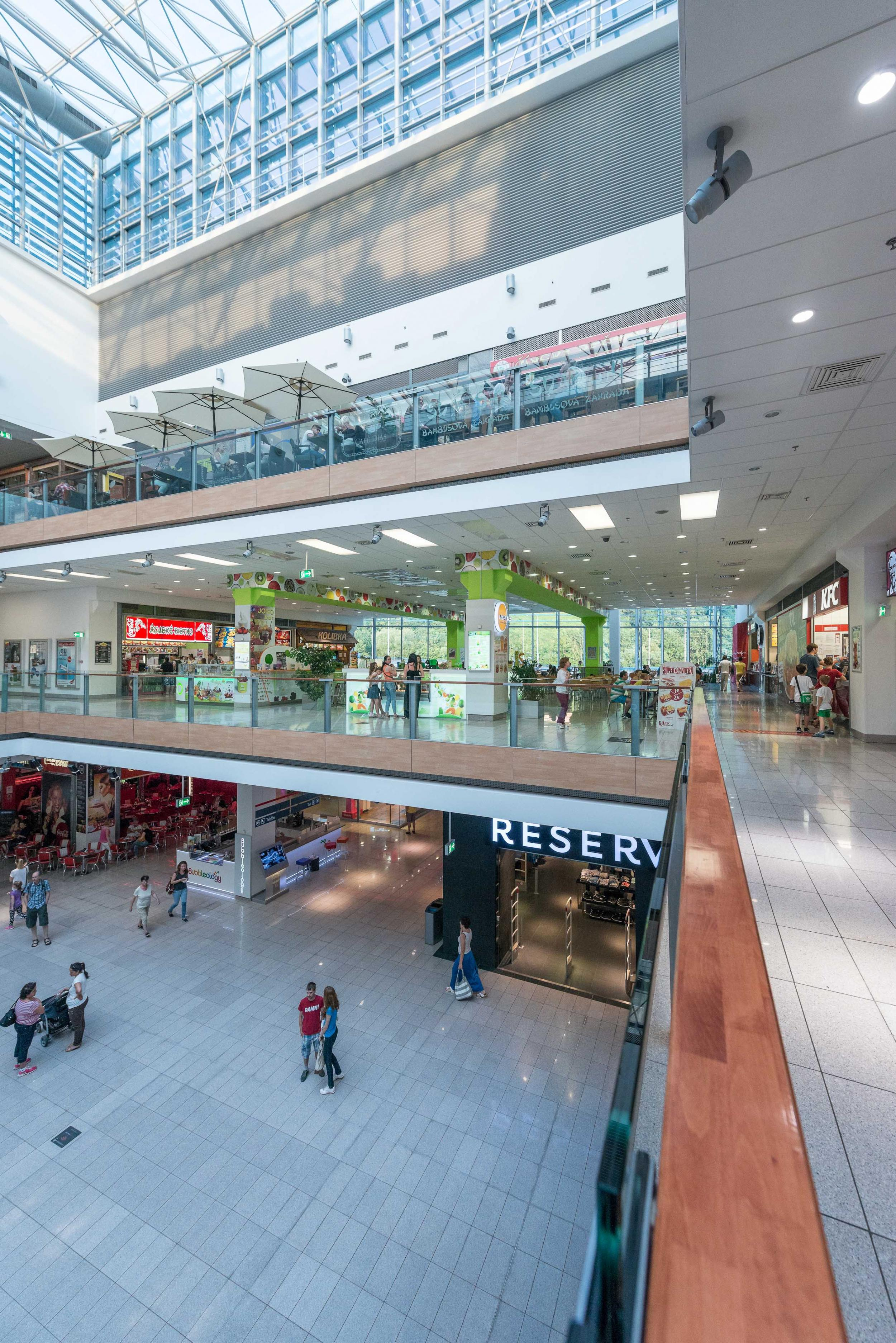 Food court europa sc bansk bystrica slowakei rules for Bb shopping it