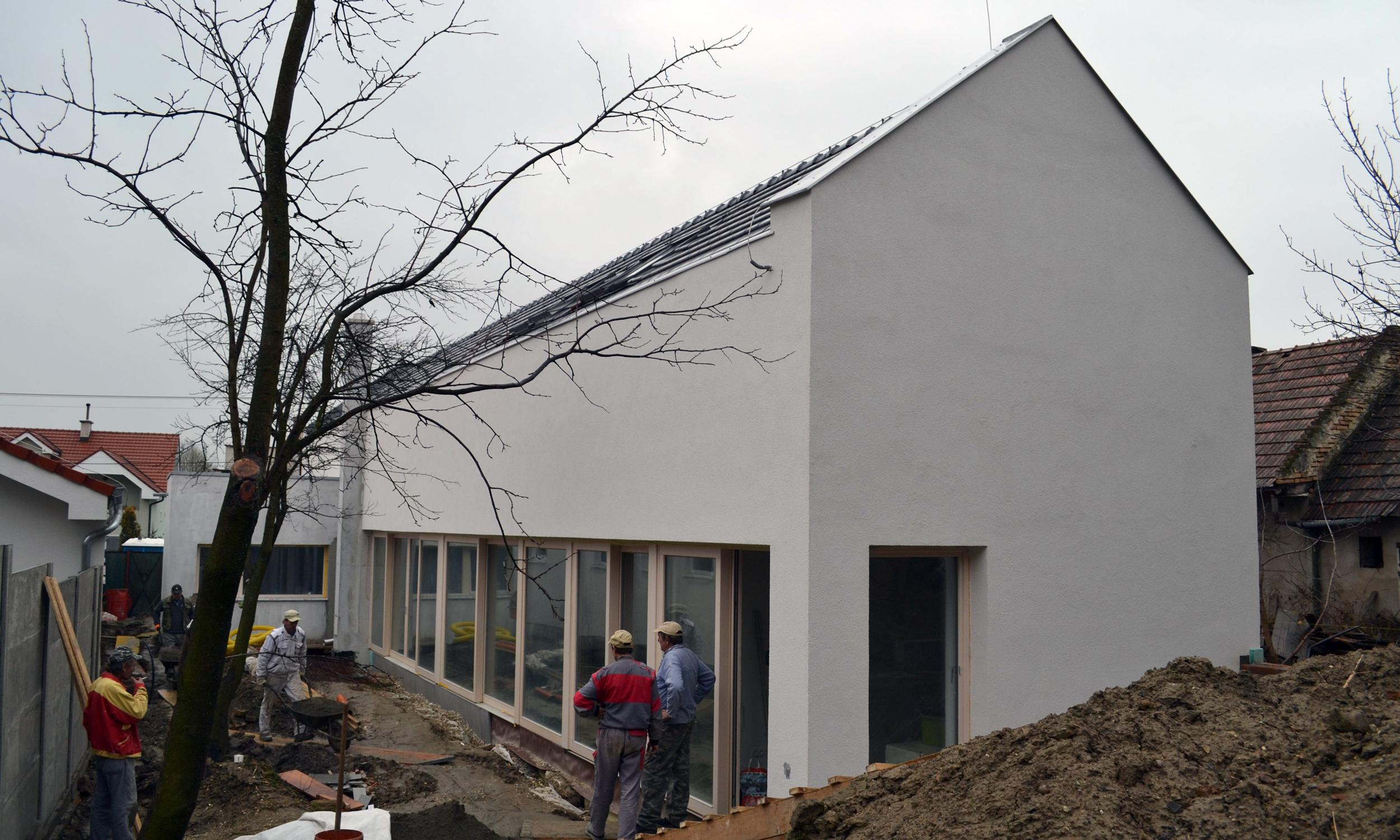 Reconstruction And Extension Of Single Family House